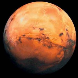 Mars will not be as big as the full moon on august 27th mike salway