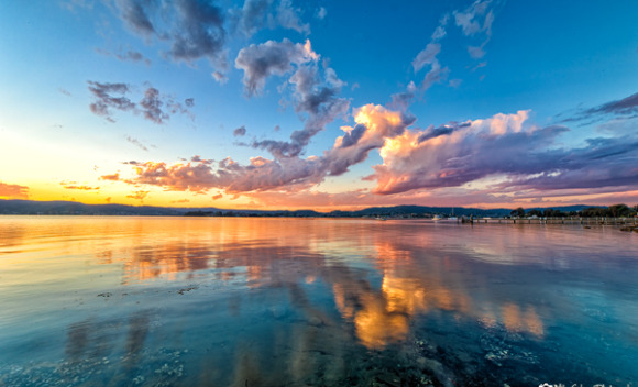 Pastel Cloud Reflections at Green Point